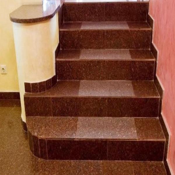 Đá đỏ ốp cầu thang nội thất